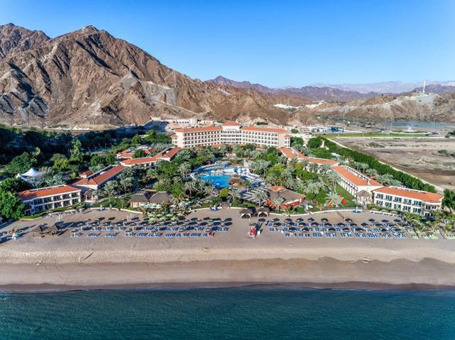فنادق الفجيرة شاطيء العقة للمسافرون العرب